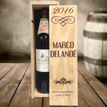 Caisse à vin design gravée