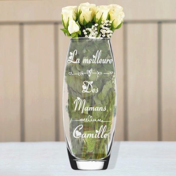 Vase en verre coeur gravé