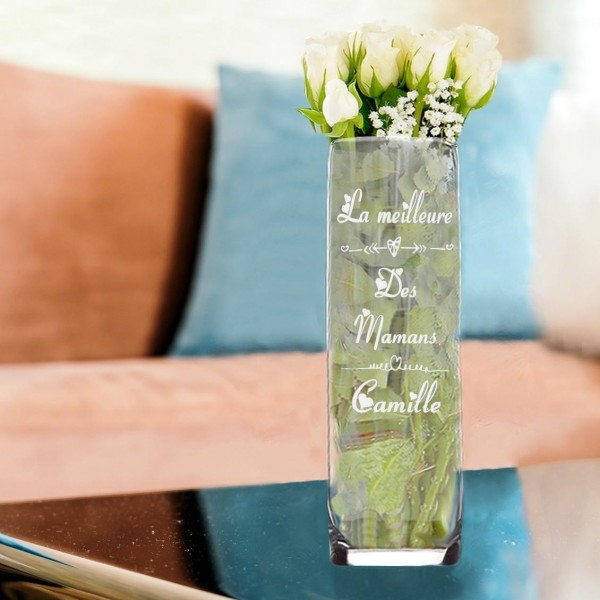 Vase droit en verre coeur gravé